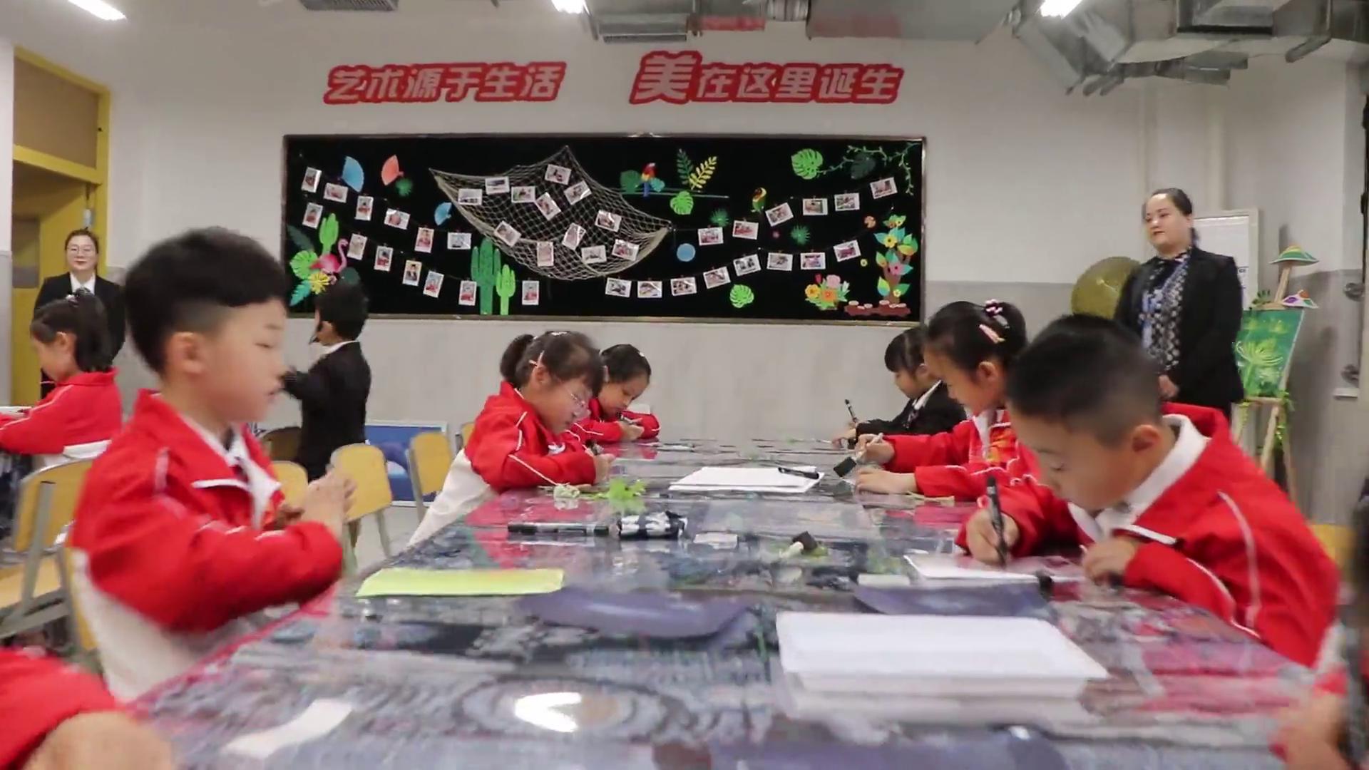 """【视频】西安高新区裂变""""名校""""资源 推进区域教育均衡发展"""